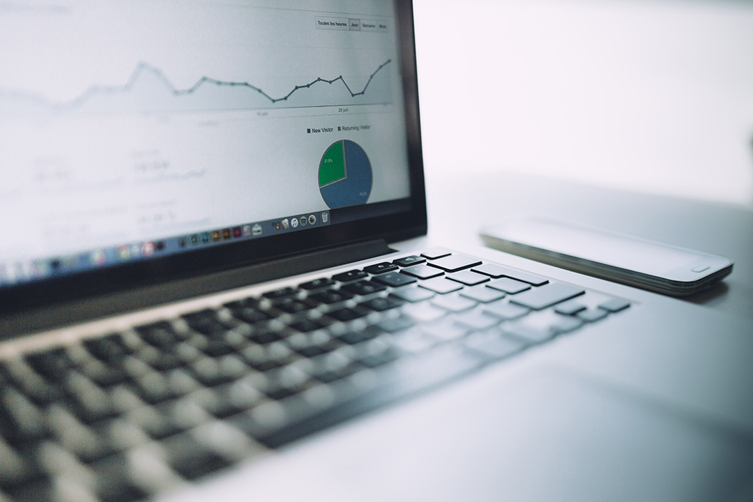 Capa - Aumente o tráfego no seu site e as vendas da sua empresa com um blog corporativo