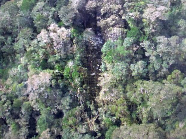 Capa - Avião da trigana air service caiu com 54 pessoas a bordo no Domindo 16 de Agosto.